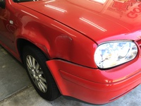 VW ゴルフワゴン(1JBFQ) フロントフェンダー交換修理
